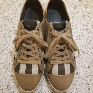 Authentic Burberry Nova Checked Sneakers